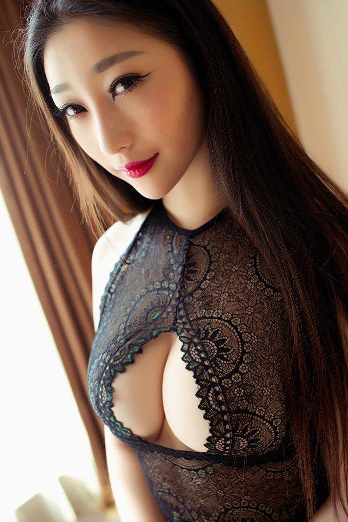 爆乳美少妇妲己蕾丝开胸凹凸有致 性感美女-第1张