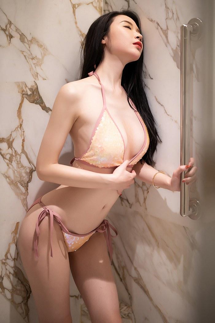 妖娆美女梦心月蕾丝情趣手遮美乳 性感美女-第1张