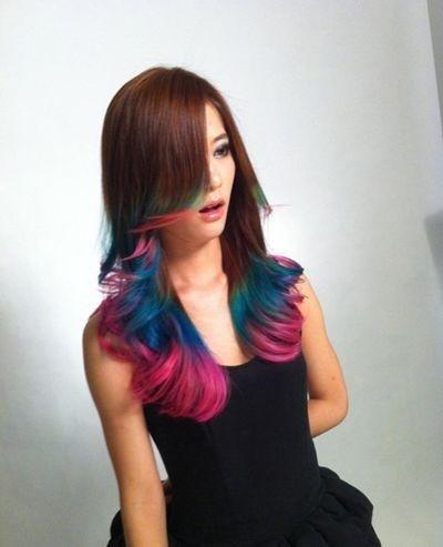 非主流的染发颜色 炫酷又与众不同 长发发型-第1张